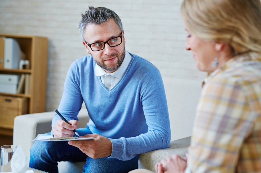 Professional counsellors use their language and communication skills to gain their clients' trust