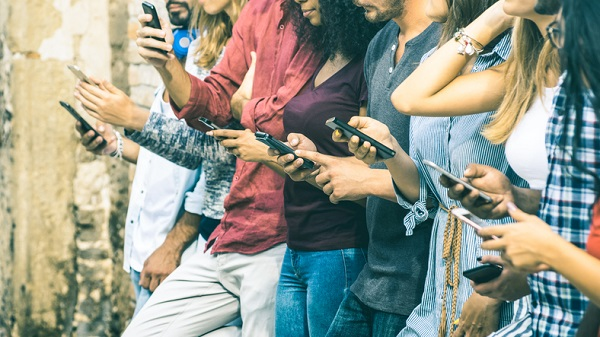 Reduced 'real-world' interaction can be an indicator of social media addiction