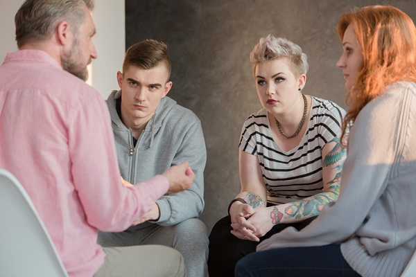 Group therapies can help mitigate the isolation of social media addiction
